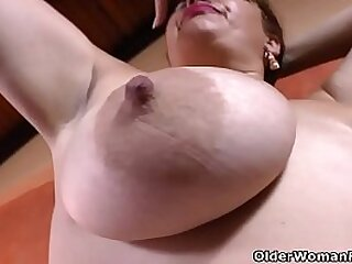 These Latina BBW milfs cognizant what they want and are willing to rub in entirely what it is they desire. Enjoy Sandra, Laura and Carmen from Latin America.