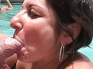MILFs and cougars give widely poolside BJs convenient attain hostelry
