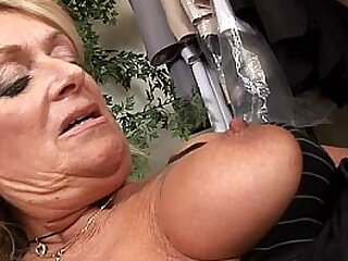 Horny Matriarch Fucked In A Dresser Room