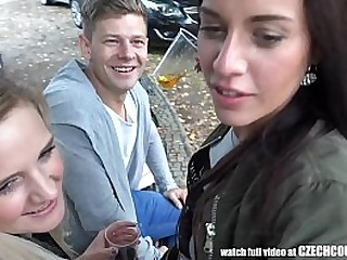 Threesome Sex heavens Public